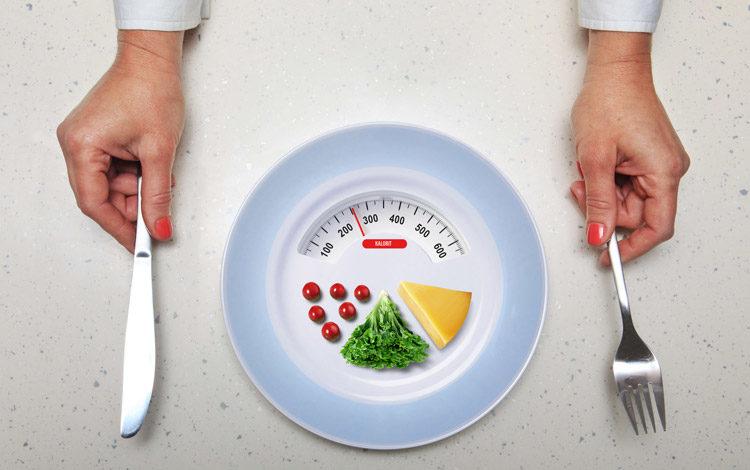 Ylipainoinen psoriaatikko voi hyötyä niukkakalorisesta ruokavaliosta.