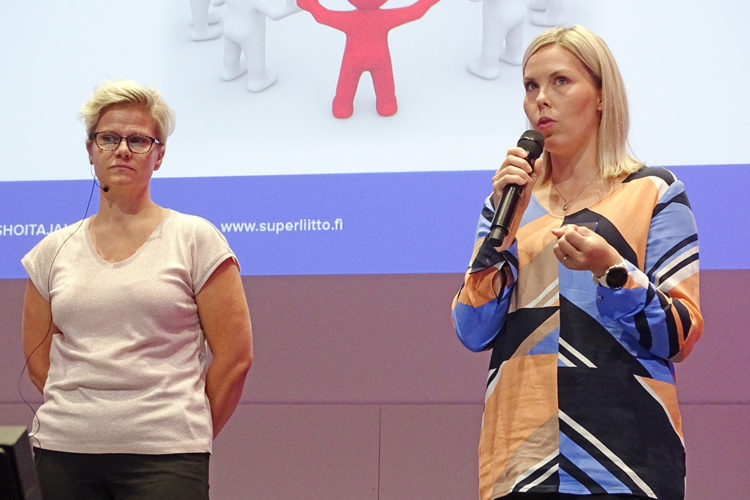 Lähihoitaja2019-tapahtuma lähihoitaja Mikaela Purtilo ja SuPerin asiantuntija Saija Vähäkuopus